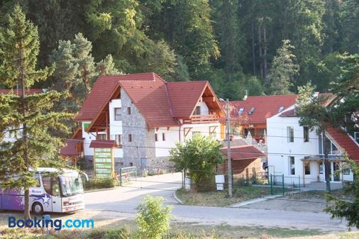 Pension Green Park - 布拉索夫 - 建筑