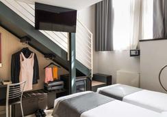 米兰萨瑞纳酒店 - 米兰 - 睡房