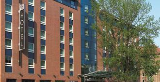 汉堡阿尔托那nh酒店 - 汉堡 - 建筑