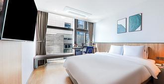 灰色 193 酒店 - 釜山 - 睡房