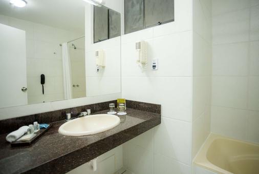 奇克拉约温德姆太阳海岸酒店 - 齐克拉约 - 浴室