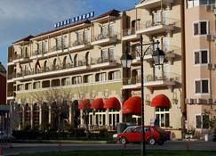 莱夫卡斯酒店 - 莱夫卡扎 - 建筑
