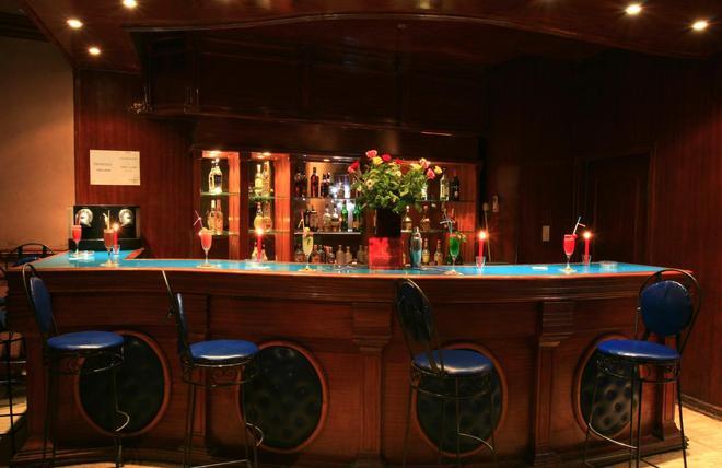 帝国假日酒店 - 马拉喀什 - 酒吧