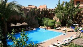 帝豪假日Spa酒店 - 马拉喀什 - 游泳池
