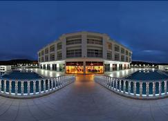 白色宫殿 SPA 酒店 - 亚洛瓦 - 建筑