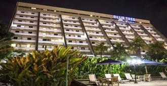 蓝树塔里约波蒂酒店 - 特雷西纳