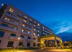 宜必思尚品帕劳阿佩巴斯酒店 - 帕拉佩巴斯 - 建筑