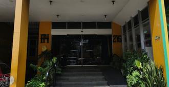 马瑙斯广场酒店 - 马瑙斯 - 建筑