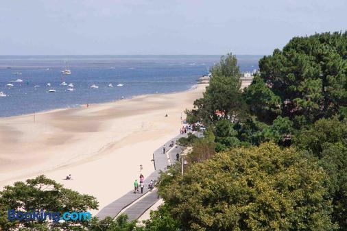 B达卡晨酒店 - 阿尔卡雄 - 海滩