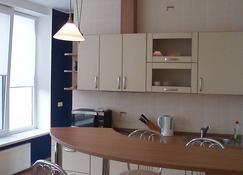 考纳斯公寓 - 考纳斯 - 厨房