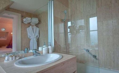 克拉尼广场酒店 - 巴黎 - 浴室