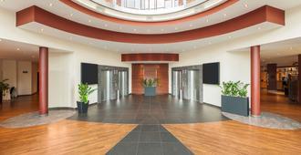 德累斯顿新城nh酒店 - 德累斯顿 - 大厅