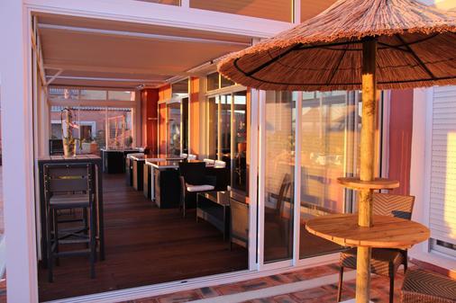 彭迪艾尔酒店 - 耶尔 - 餐馆