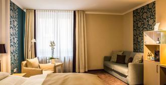雷布斯托克贝斯特韦斯特高级酒店 - 维尔茨堡 - 睡房