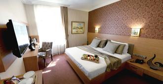 孟特莱思龙商务酒店 - 伊斯坦布尔 - 睡房