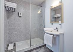 阿维尼翁家首相酒店 - 阿维尼翁 - 浴室