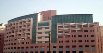 中西快捷公寓大酒店 - 迪拜