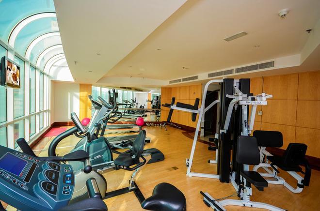 中西快捷公寓大酒店 - 迪拜 - 健身房