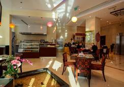 中西快捷公寓大酒店 - 迪拜 - 餐馆