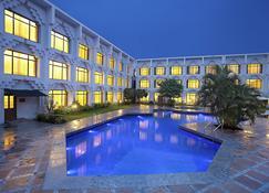 巴罗达阿尔卡普里迎宾酒店 - ITC 酒店集团 - 瓦多达拉(巴罗达) - 游泳池