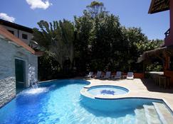 马雷港酒店 - 圣塞巴斯蒂昂 - 游泳池