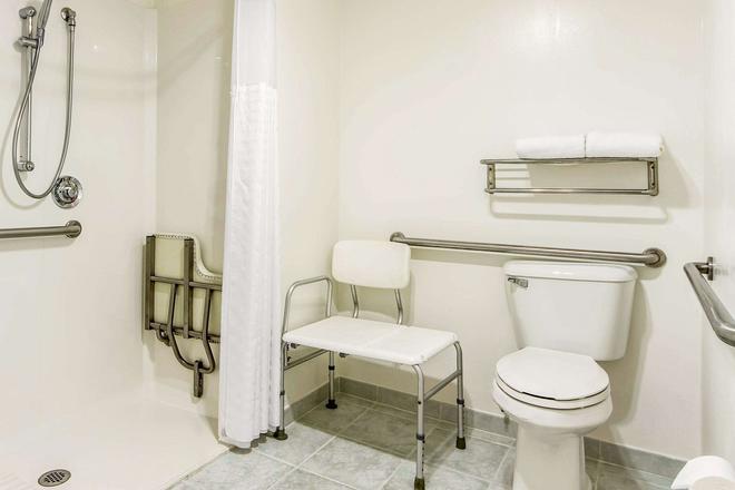 帕洛阿尔托斯坦福大学康福特旅馆 - 帕罗奥多 - 浴室