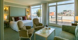 奥利斯比城堡酒店 - 里斯本 - 睡房