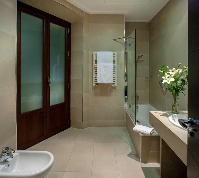 新罕布什尔州维多利亚酒店 - 格拉纳达 - 浴室