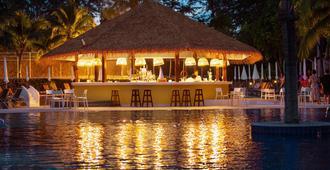 卡马拉海滩皇朝度假酒店 - 卡玛拉 - 酒吧