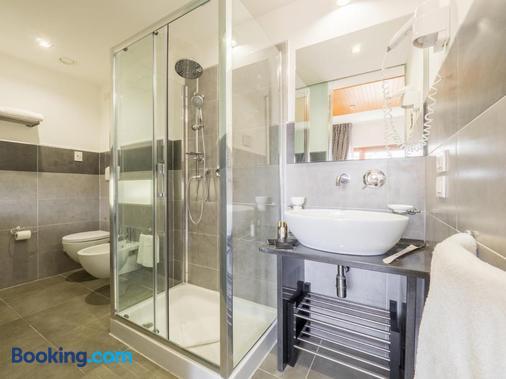 蒙塔培尔缇酒店 - 锡耶纳 - 浴室