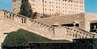 福尔斯维尤皇冠假日酒店 - 尼亚加拉瀑布 - 建筑