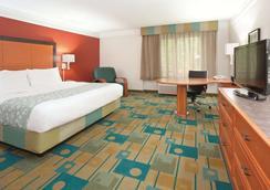 科罗拉多斯普林斯南ap拉金塔旅馆及套房酒店 - 科罗拉多斯普林斯 - 睡房
