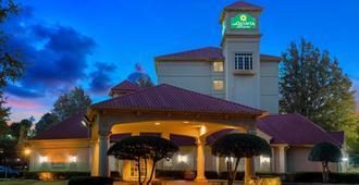孟菲斯普莱玛西路拉昆塔酒店及套房 - 孟菲斯 - 建筑