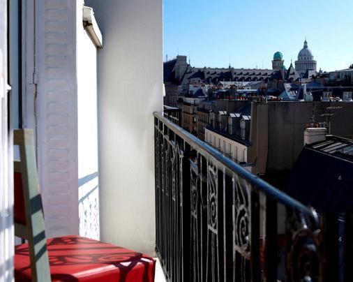 巴黎圣皮埃尔酒店 - 巴黎 - 阳台