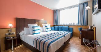 隆达雷赛布酒店 - 巴塞罗那 - 睡房