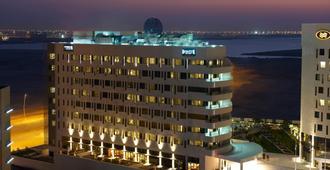 阿布扎比亚斯岛驻桥套房假日酒店 - 阿布扎比 - 建筑