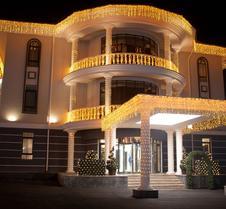 多纳泰罗精品酒店