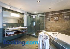 先验酒店 - 魁北克市 - 浴室