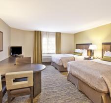 印第安纳波利斯机场烛木套房酒店