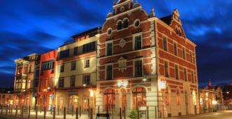 希德登瑟酒店 - 施特拉尔松 - 建筑