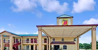 南达拉斯温德姆速 8 酒店 - 达拉斯 - 建筑