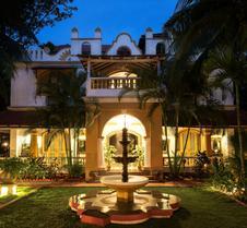 卡萨安朱纳酒店