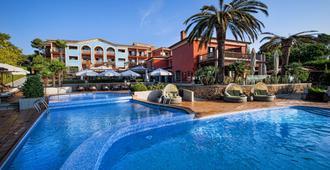 卡拉德尔丕酒店 - 仅供成人入住 - 萨卡罗 - 游泳池