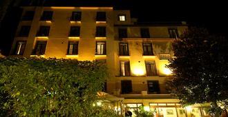 伊登酒店 - 索伦托 - 建筑