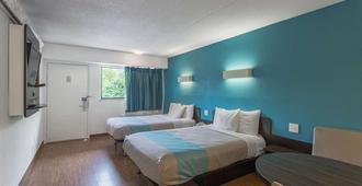 欧弗兰帕克6号汽车旅馆 - 欧弗兰帕克 - 睡房