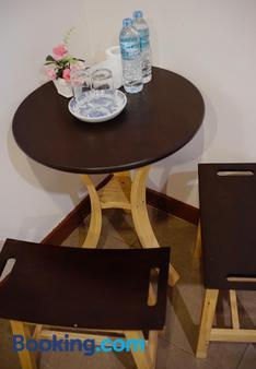 明寿精品屋酒店 - 普吉岛 - 餐厅