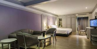 曼谷拉普绕帝国酒店 - 曼谷 - 睡房