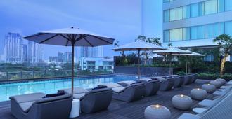雅加达马约兰假日旅馆 - 雅加达 - 游泳池