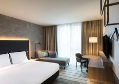 凯悦嘉轩酒店-法兰克福机场 - 法兰克福 - 睡房