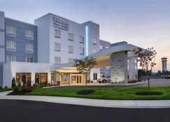 哈里斯堡国际机场万豪套房费尔菲尔德酒店 - 米德尔敦 - 建筑